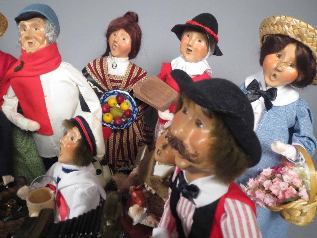 Lot 12 Of  Byers Choice Ltd. The Carolers Dolls - 9