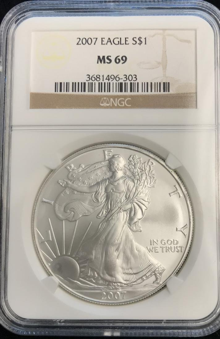 2007 $1 American Silver Eagle NGC MS69