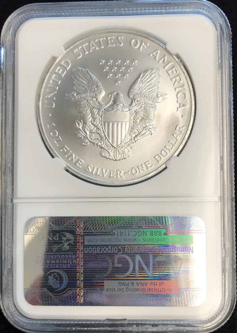 2007 $1 American Silver Eagle NGC MS69 - 2