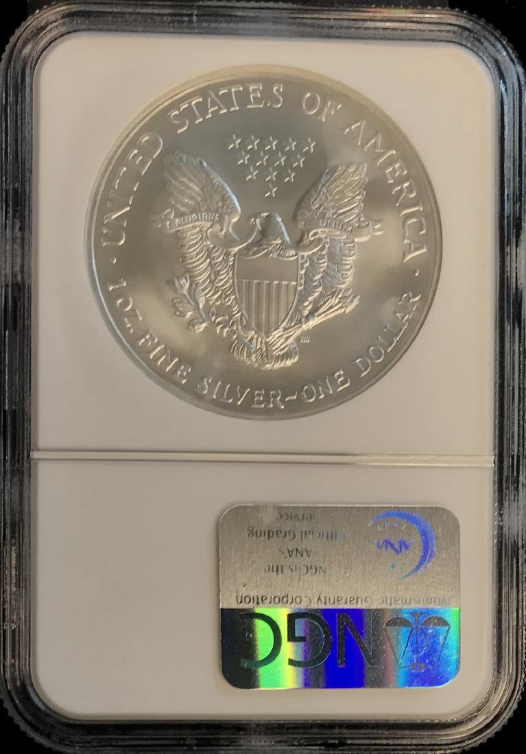 2004 $1 American Silver Eagle NGC MS69 - 2