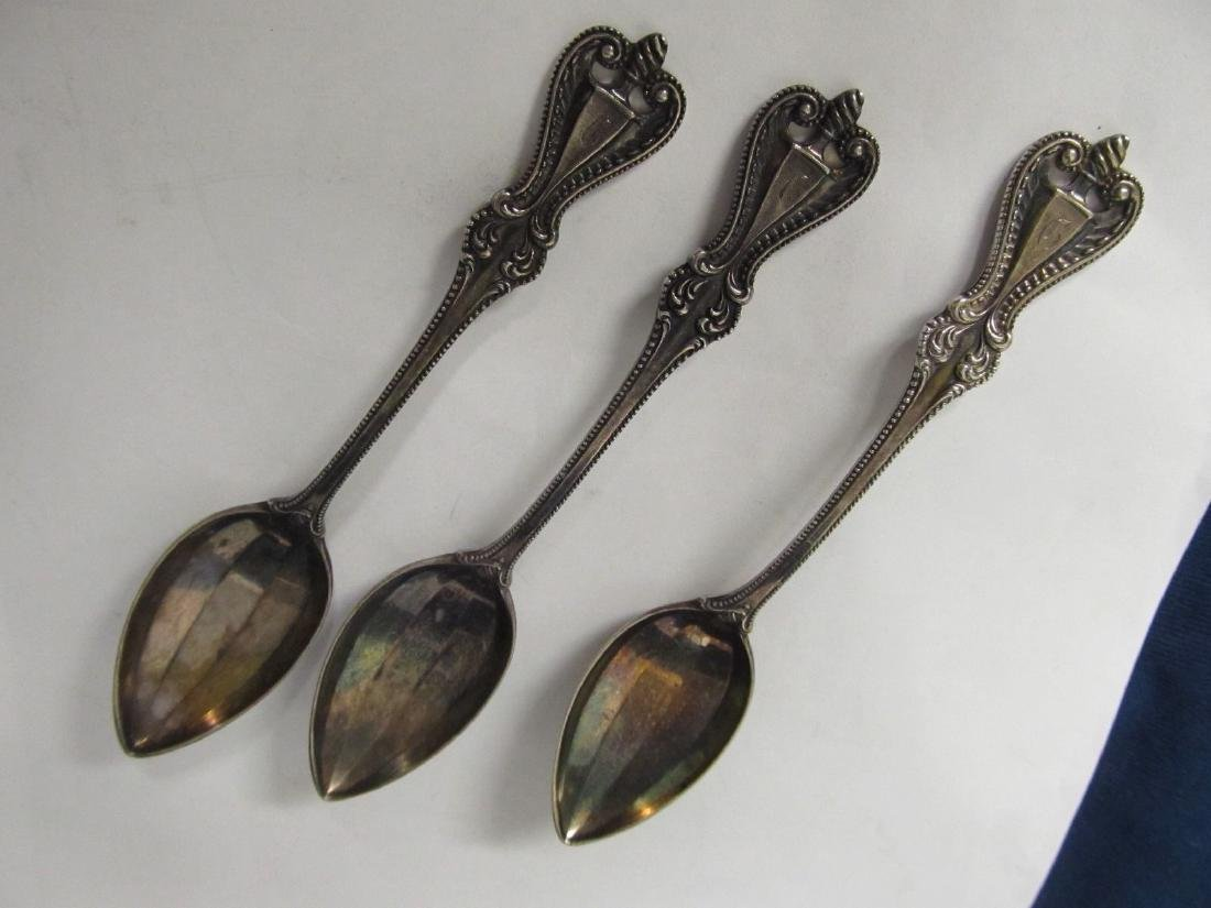 TOWLE OLD COLONIAL STERLING  3 TEASPOONS EXCELLENT