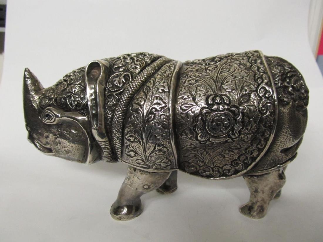 RHINO TIBET .999 SILVER FINELY TOOLED FIGURE EXCELLENT