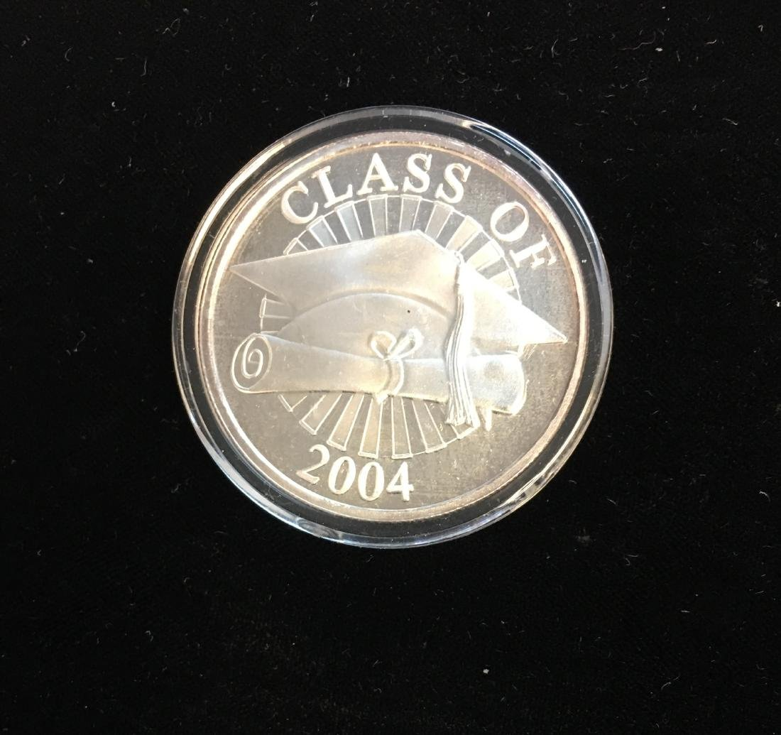 Silver Round - Class of 2004 - 1 tr oz .999 Fine Silver