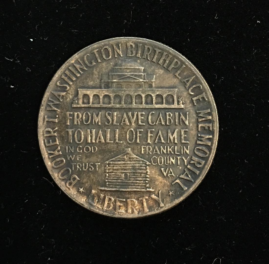 1946-P 50C Booker T. Washington Silver Commemorative - 2