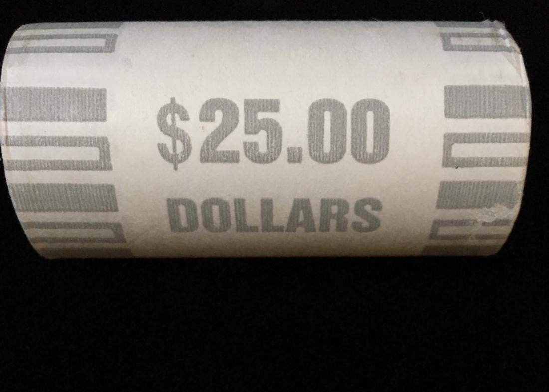 2000-P Bank Wrapped Roll of 25 Sacagawea Dollars - 2