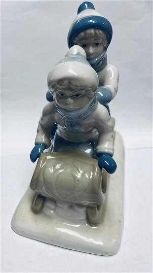"""1992 Paul Sebastian Sleigh Ride """"Porcelana de"""