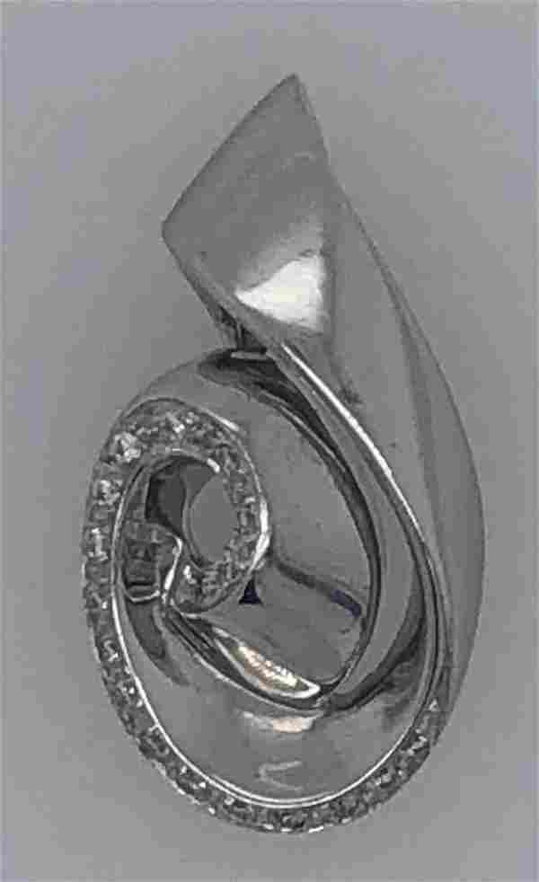 18 K White Gold Nina Ricci .25 ct Diamond Pendant