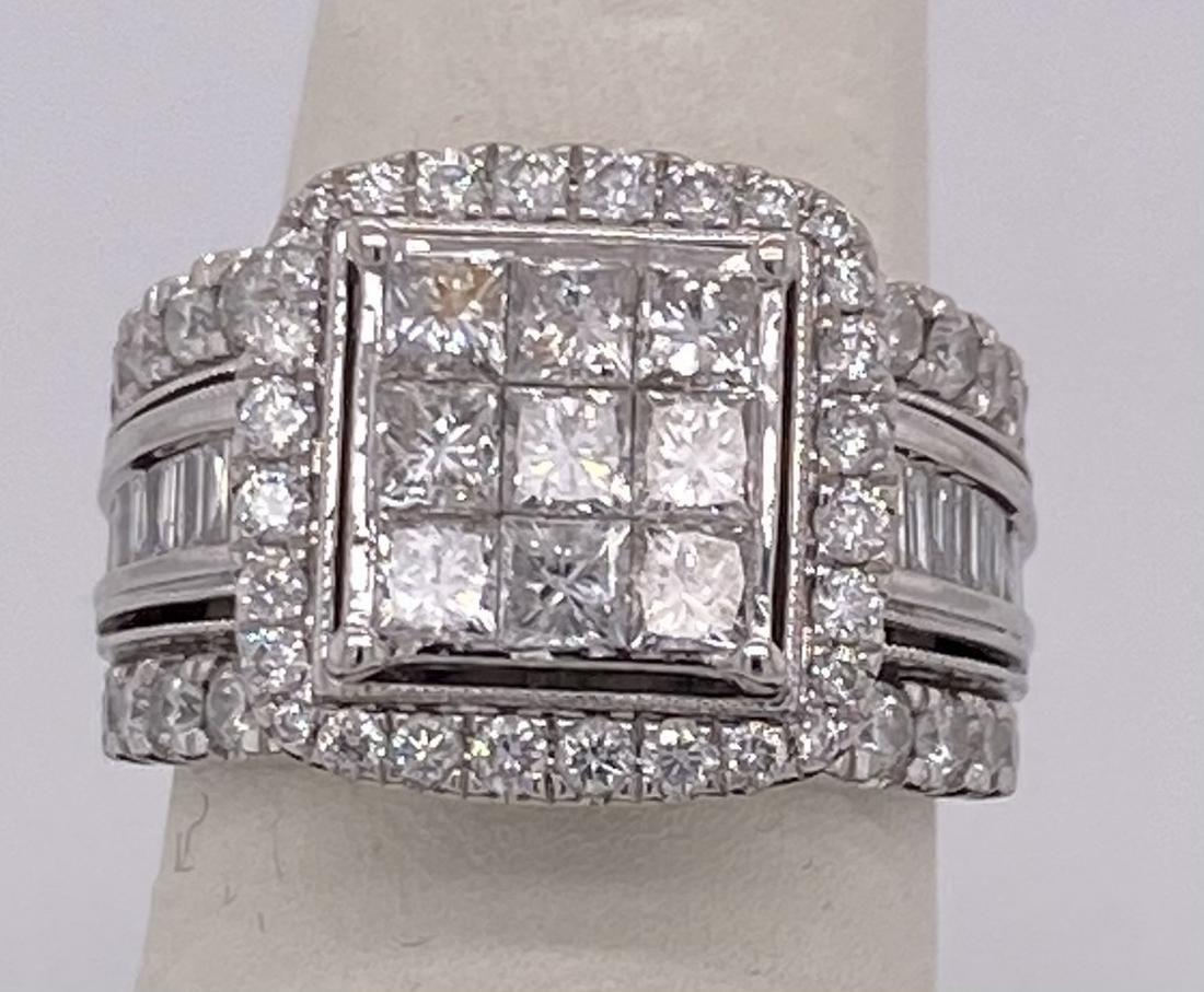 Magnificent 10 K Ladies White Gold 2.00 Ct Diamond Ring