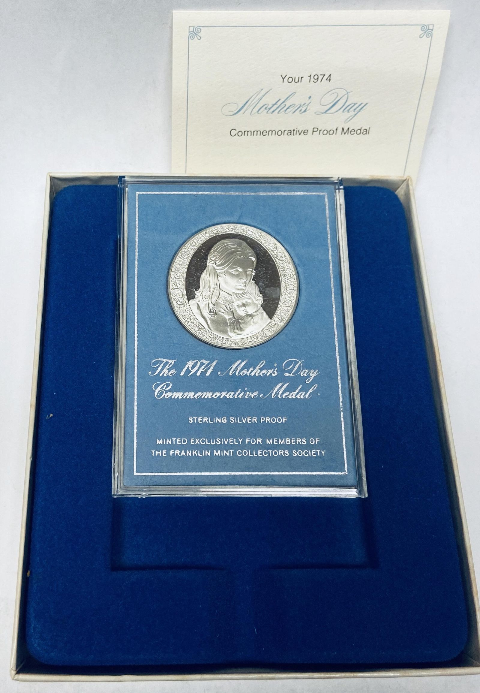 1974 Mother\\\'s Day Commemorative Medal Sterling