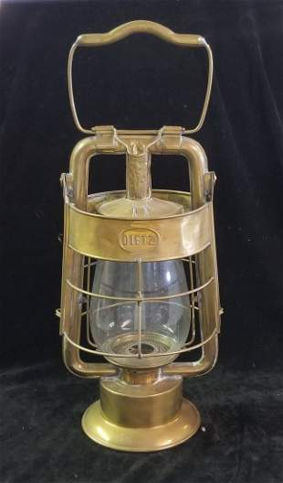 """Dietz King """"The Seagrave Co."""" Fire Department Lantern"""