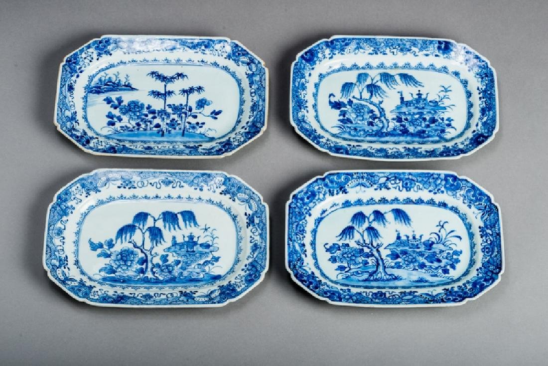 FOUR FLORAL DECORATIVE PLATES