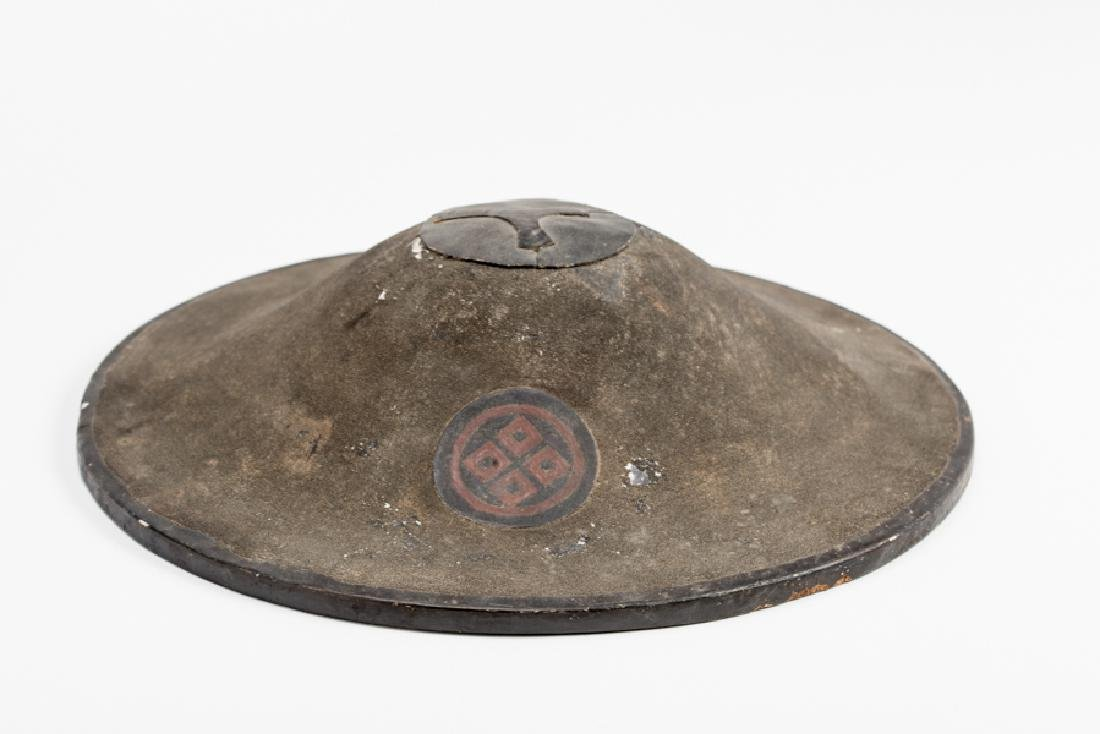 A LACQUERED JINGASA (WAR HAT) - 4