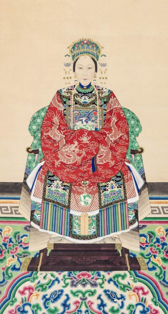 A LARGE QING DYNASTY PAINTING DEPICTING A MANCHU LADY