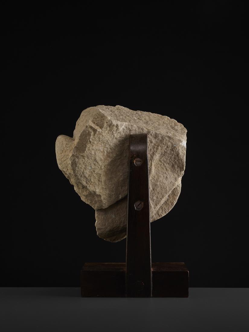 A SANDSTONE HEAD OF A TIRTHANKARA - 8