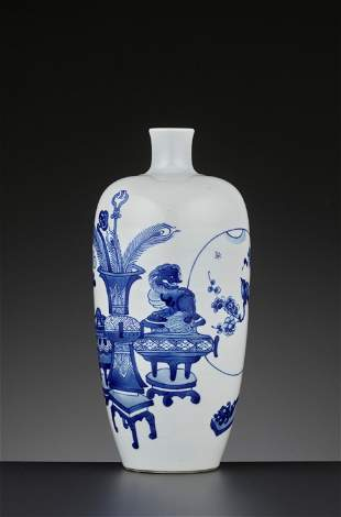 A BLUE AND WHITE 'HUNDRED ANTIQUES' VASE, KANGXI PERIOD