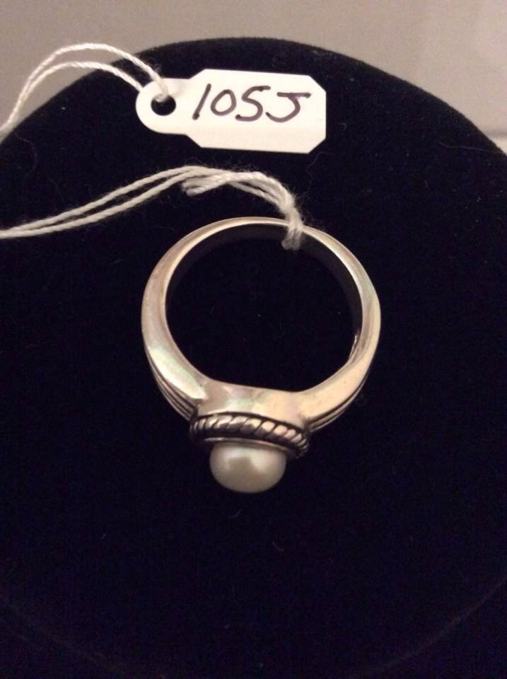 Sterling Silver Pearl Ring Size 10