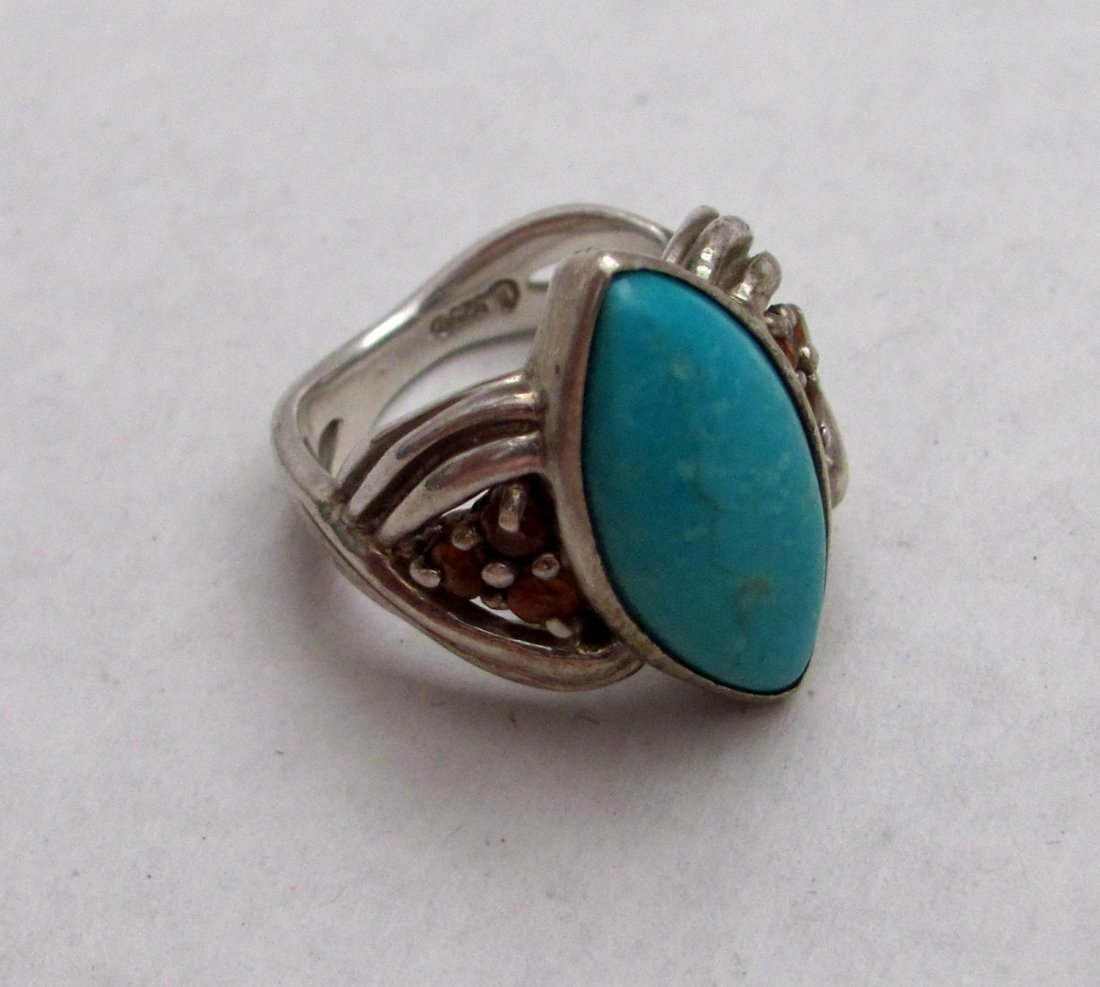 .925 Sterling Silver Blue Topaz Ladies Ring - Size 6