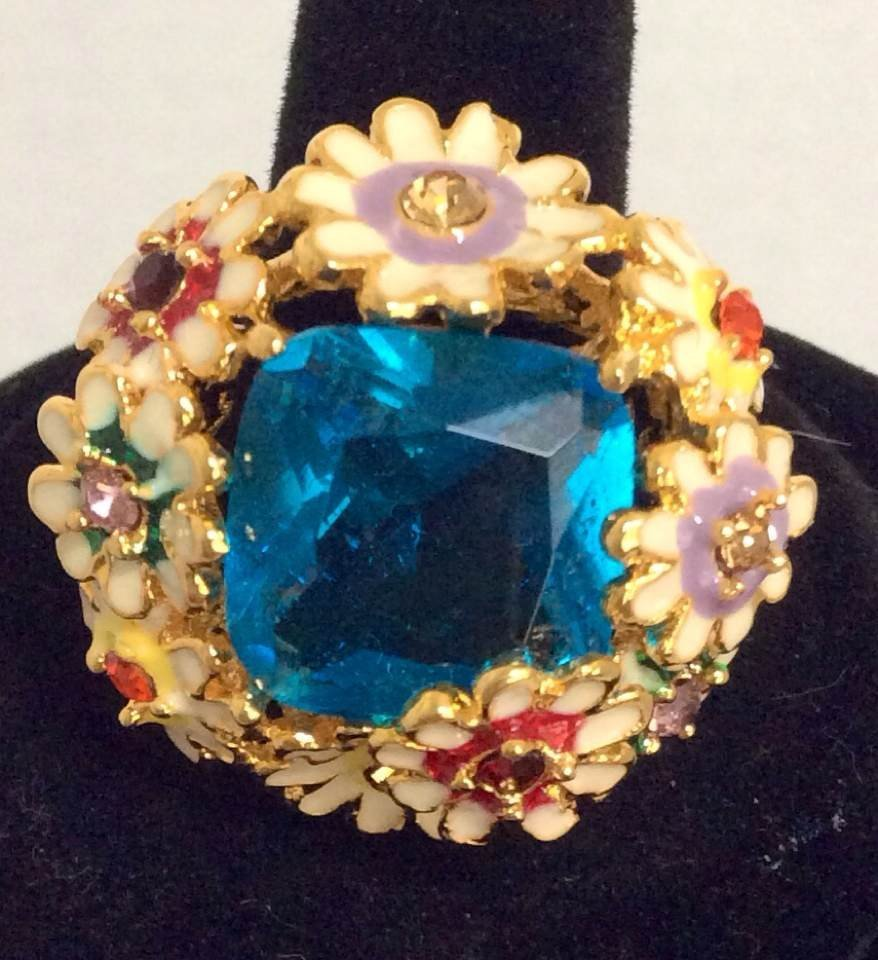 Joan Rivers Gold Tone Enamel Flowers Ring - Size 9