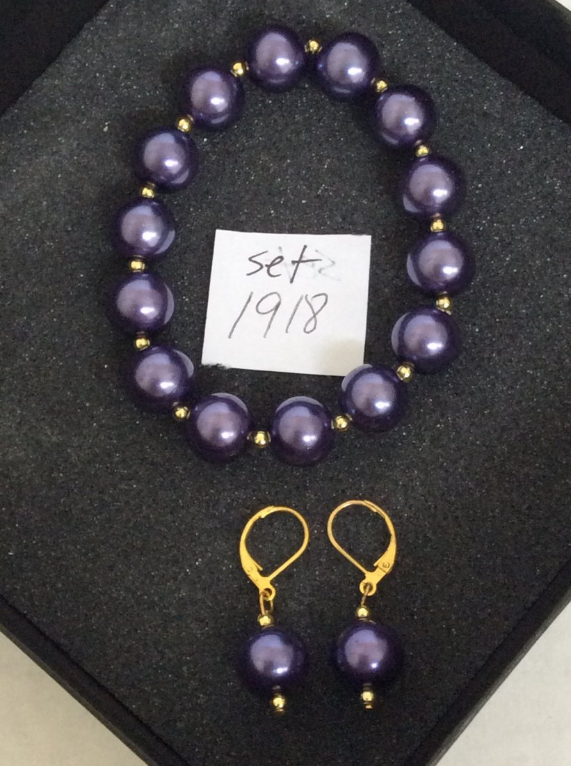 Purple Elastic Bracelet and Earrings Set