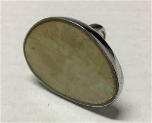 Silver Tone and Mother Pearl Ring - Size 7