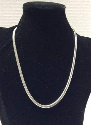"18"" Vogue Silver Tone Necklace"