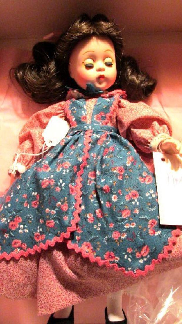 Beth  Madame Alexander. Patterned dress Lissy
