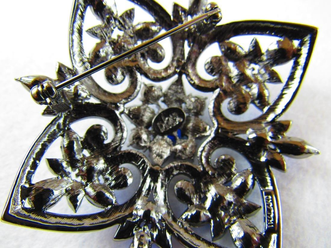 Joan Rivers large brooch - 3