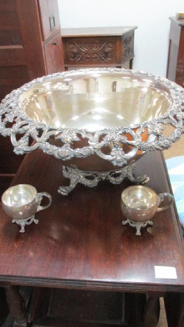 International SP Punch Bowl w/11 Cups