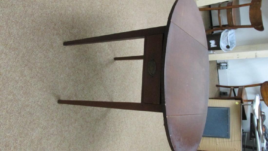 1930s Mahogany Drop Leaf End Table