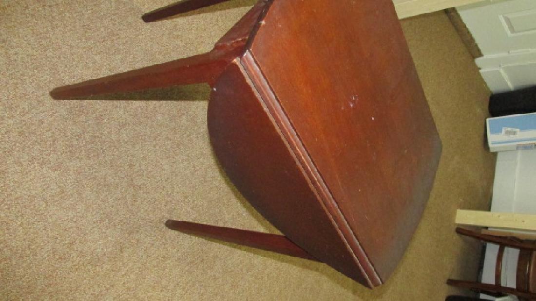 1930s Mahogany Drop Leaf End Table - 3