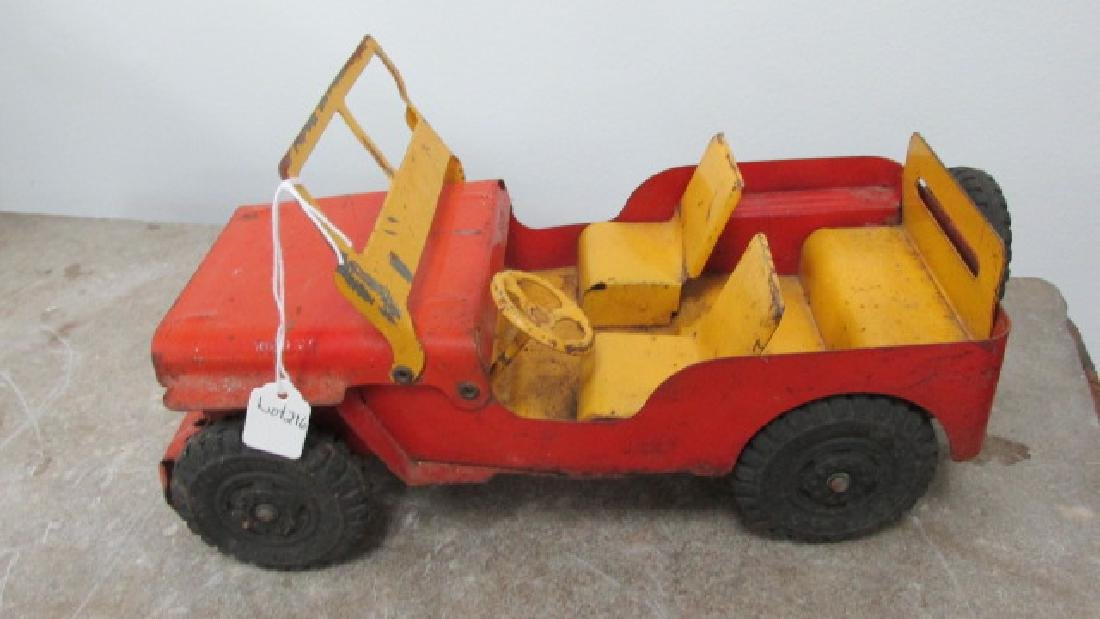 Willys Lumar Jeep Toy