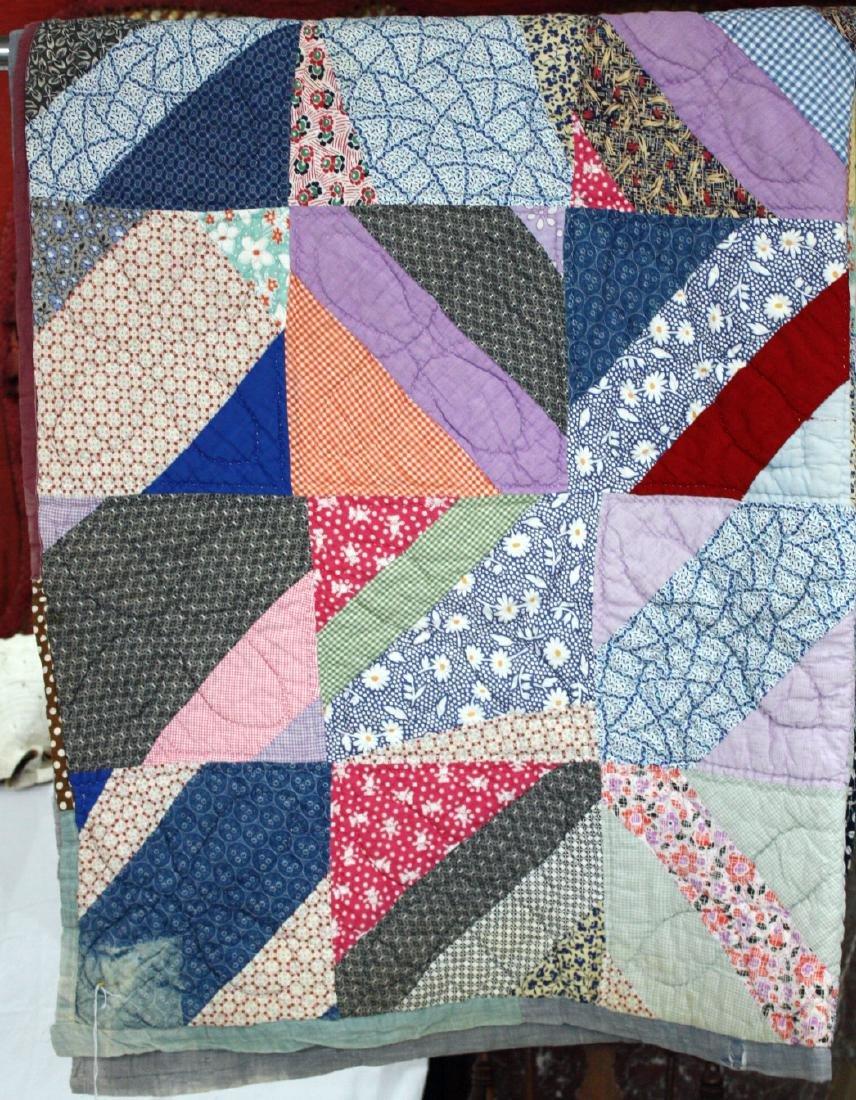 1950s Triangular Pattern Cotton Quilt