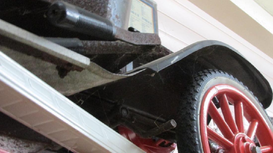 Model T Tin Lizzie Car - 3