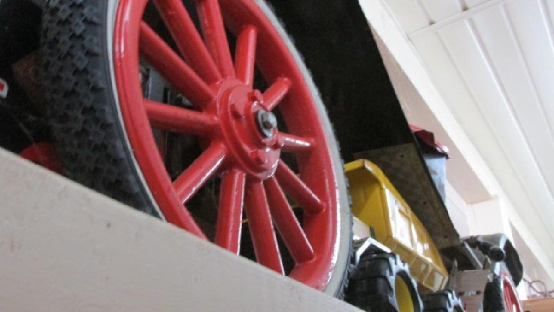Model T Tin Lizzie Car - 4