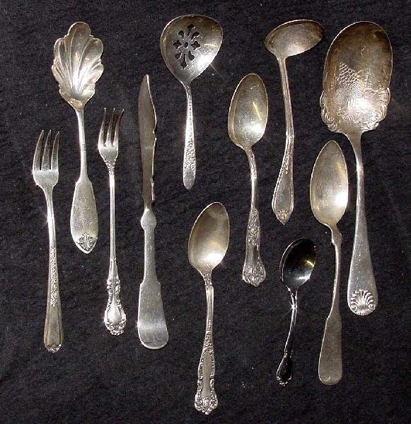 2010: Grouping of Silver Plated Serving Flatware Pieces