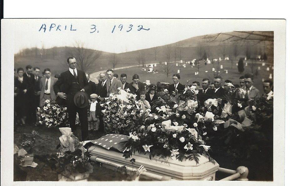 60+ 1920s, 30s 40s Photos Brady/Ayers Family