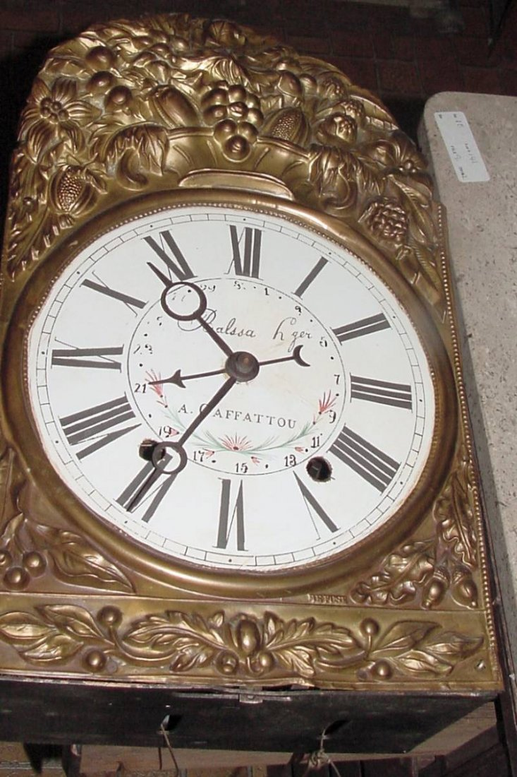 French Mobier Wag On Wall Clock