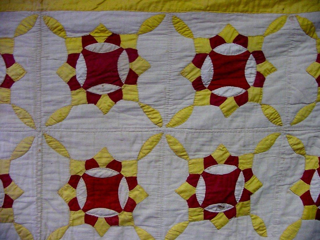Penn 1900 Red, White & Gold Quilt - 2