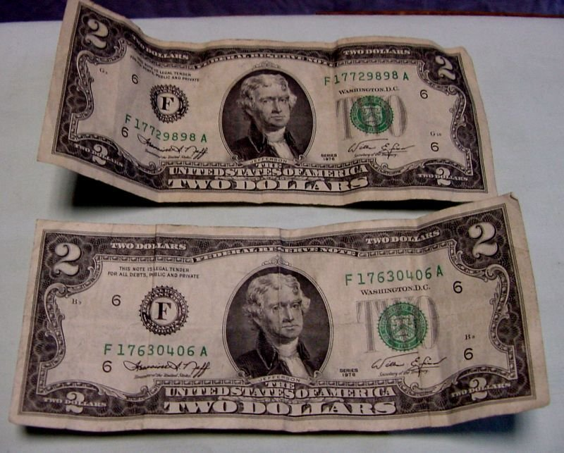 2 1976 Bicentennial $2 Fed Reserve Notes