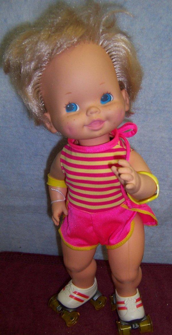 305: Mattel roller skating doll