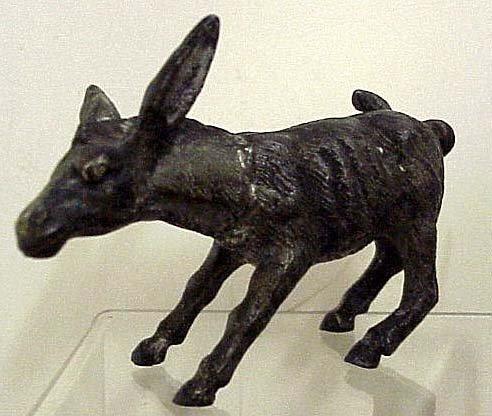1096: Early Mule Figure