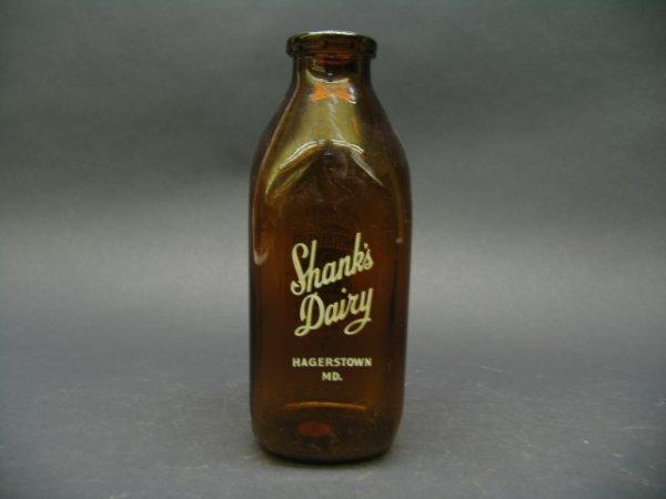 1020: Shank's Dairy, Hagerstown, MD Milk Bottle