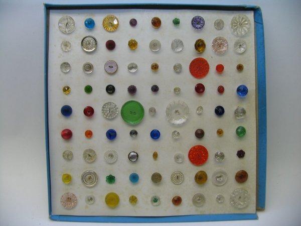 4019: 81 Buttons, Glass