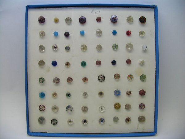4021: 64 Buttons, Glass