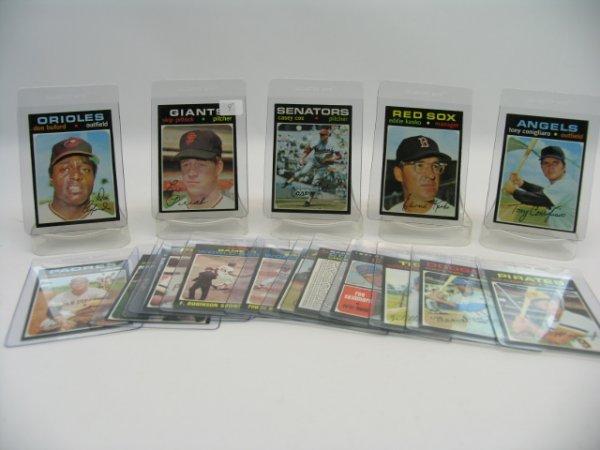 6004: 1971 Topps High Grade Baseball Card Grouping