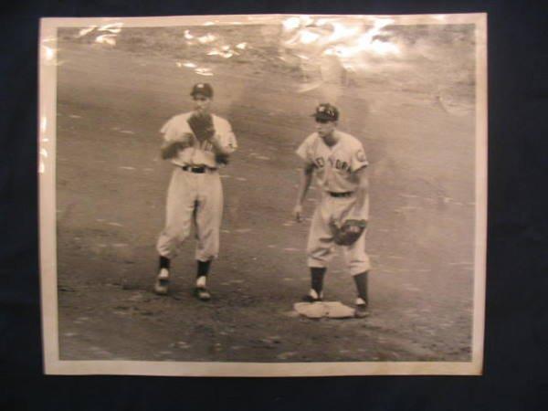 1003: Phil Rizzuto & Billy Martin 1952 Photo