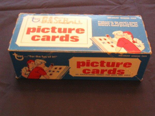 1019: 1978 Topps Baseball Card Vending Box