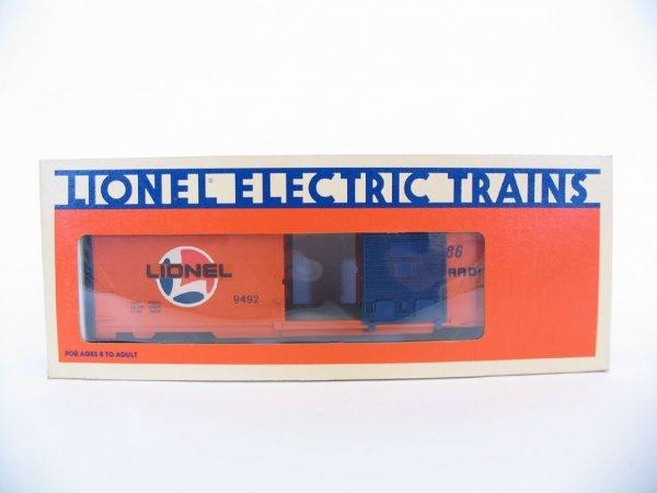 1017: Lionel Lines Box Car 6-9492 O/B