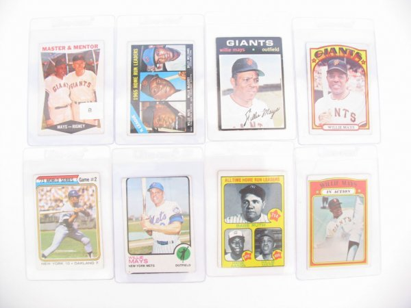 8: Willie Mays Vintage Topps Baseball Cards