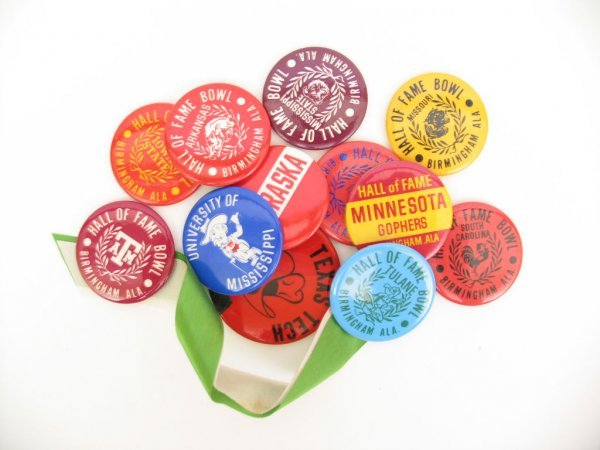 24: Vintage HALL OF FAME Bowl Pin Back Collection